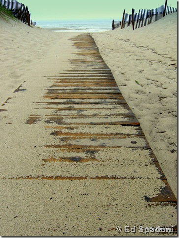 Boardwalk.  Canon A540, f4, 1/200s, 2guysphoto