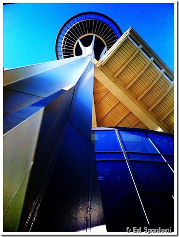 Space Needle - bottoms up. iPhone 3G 2guysphoto