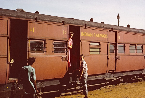 46 First class train.jpg