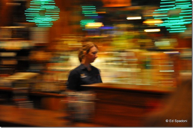 Interior pan of a tavern, 1/6 second